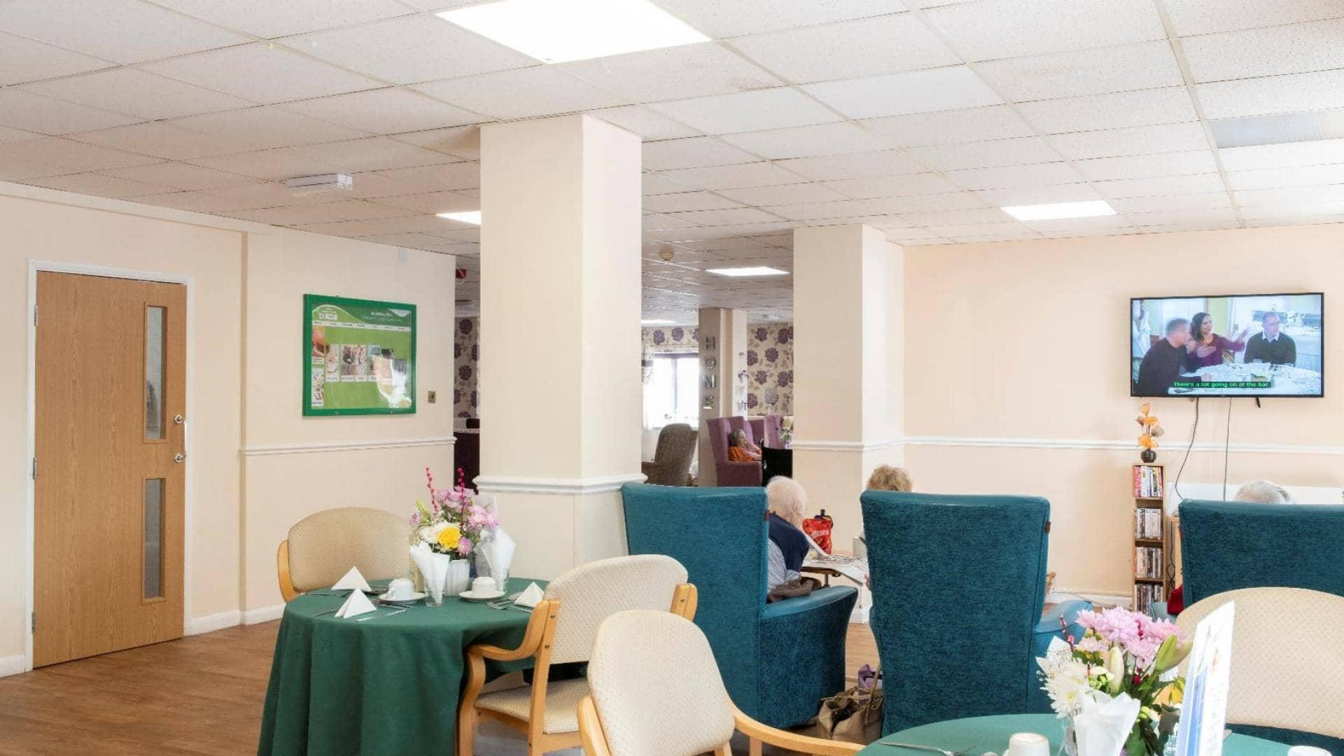 Chatsworth Lodge Care Home Dining area.