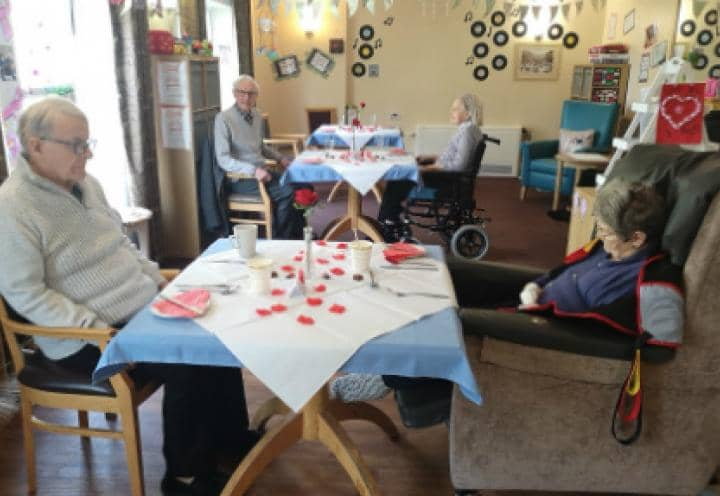 Residents at Sutton Hall & Lodge enjoying their restaurant experience.