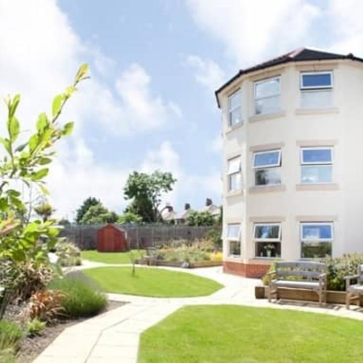 Grimsby Grange & Manor Care Home
